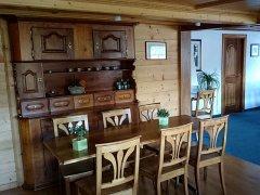 Restaurant-02.jpg